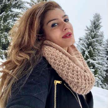As We Swelter, Raveena Tandon Is Taking Selfies In A Winter Wonderland