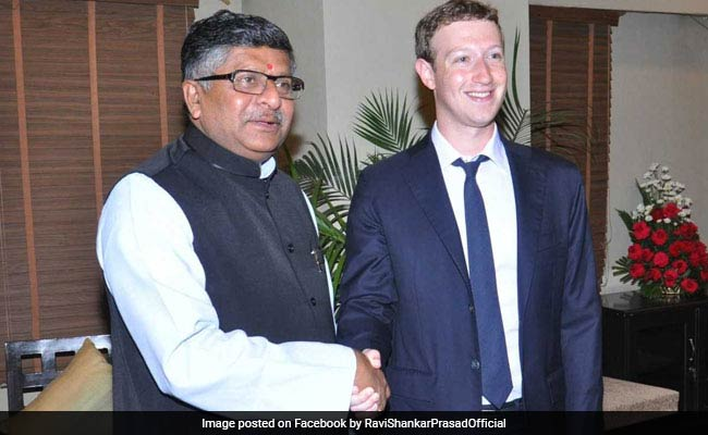 फेसबुक डाटा लीक: कानून मंत्री रविशंकर प्रसाद का मार्क जुकरबर्ग को कड़ा संदेश, कहा- ...तो आपको भी समन कर सकते हैं