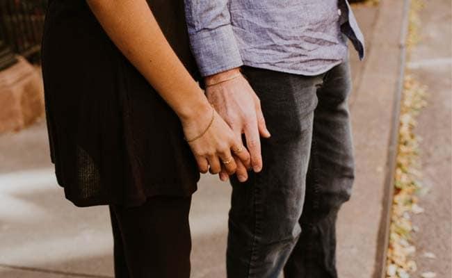रोमांस या लंबे रिलेशन के लिए नहीं बल्कि इस वजह से पुरुषों को डेट करती हैं महिलाएं, रिसर्च का दावा