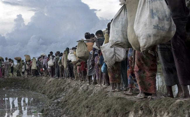 Landslides Kill 11 As Monsoon Batters Rohingya Refugees