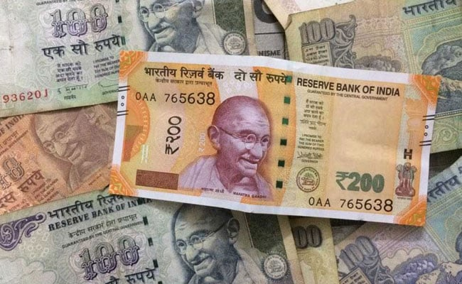 Rupee Moves Above 70 Mark Against Dollar