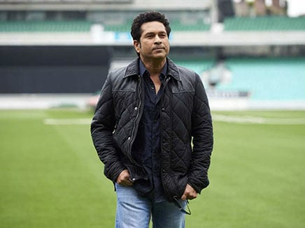 Sachin Tendulkar Urges Transport Minister Nitin Gadkari To Act Against Fake Helmet Makers