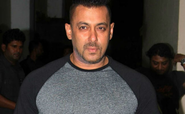 Salman Khan 'Just Heard' About Pooja Dadwal's Illness And Says She'll Be Okay