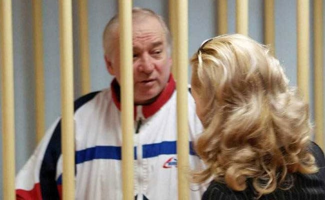 Russian Spy And His Daughter Were Poisoned With A Nerve Agent, Say British Investigators