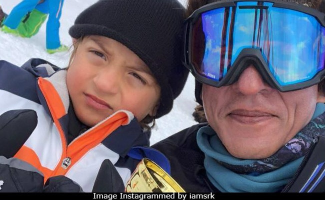 Viral: Shah Rukh Khan's Selfie With Pint-Sized 'Skiing Champion' AbRam