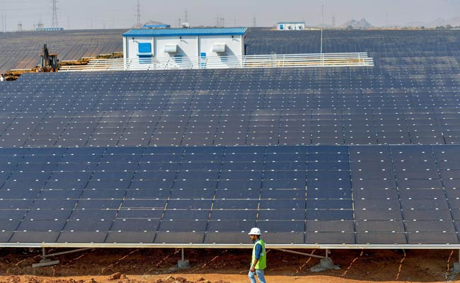 Karnataka unveils World's largest Solar Park in Pavagada