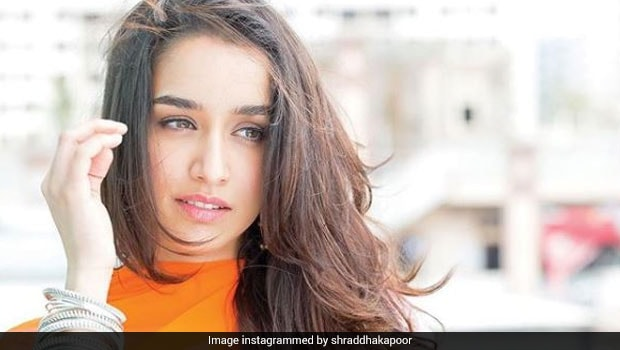 Shraddha Kapoor's Cheat Meal From The Mountains Are All Things Good and Greasy
