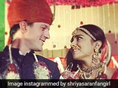 Shriya Saran Wedding Album: 35 साल की उम्र में दुल्हन बनीं 'दृश्यम' गर्ल, फिल्मी अंदाज में पति ने किया प्रपोज; देखें Video