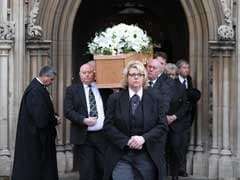 With White 'Universe' Lilies, Stephen Hawking Gets His Final Farewell In UK