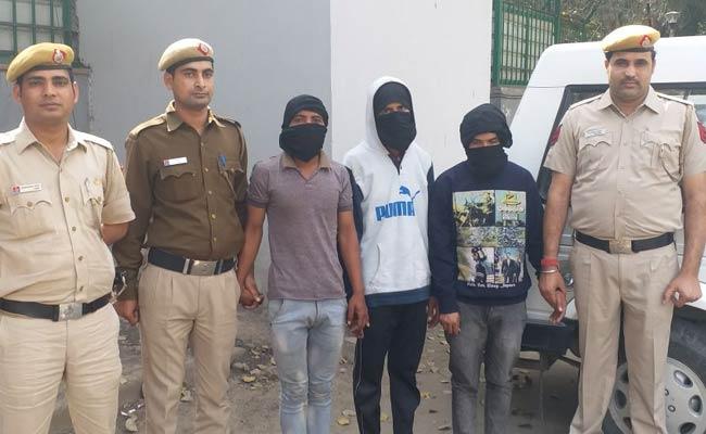 चोरी का विरोध करने पर पिता-पुत्र पर जानलेवा हमला करने वाले आरोपी चढ़े पुलिस के हत्थे