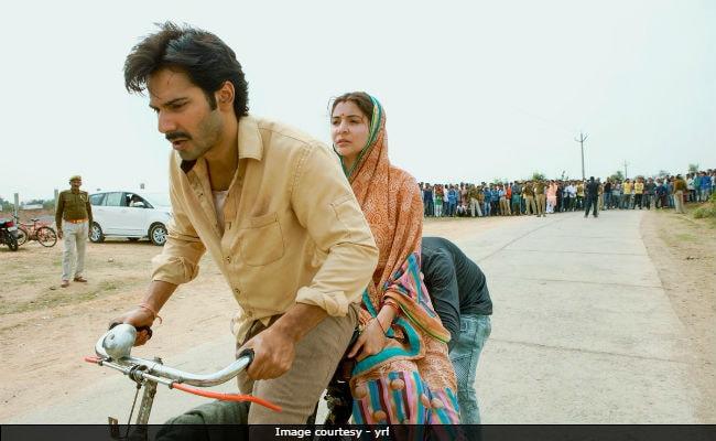 Varun Dhawan's Sui Dhaaga Cycle Ride, Anushka Sharma Rides Pillion