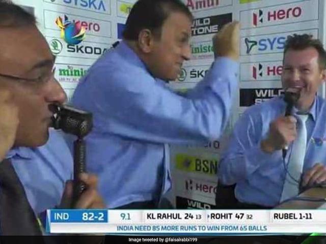 Nidahas Trophy Final: Sunil Gavaskar Breaks Into Impromptu Nagin Dance, Bangladesh Fans Unimpressed