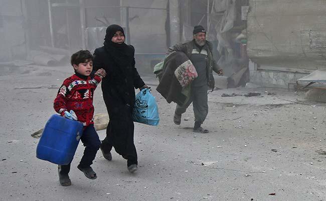 सीरिया के पूर्वी घोउटा के एक स्कूल में मिसाइल हमला, 15 बच्चों और दो महिलाओं की मौत