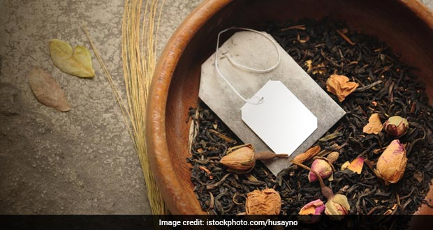 Tea Leaves Or Tea Bags: Which One's A Healthier Option?