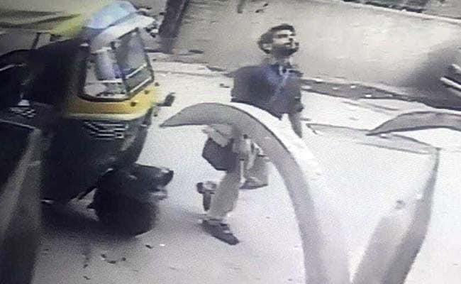 दिल्ली : साकेत में एक जज के घर चोरी, सीसीटीवी में कैद हुई तस्वीर
