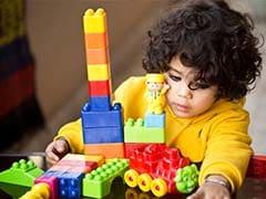 बच्चों के खाने और पढ़ाई पर ही नहीं खिलौनों पर भी दें ध्यान...