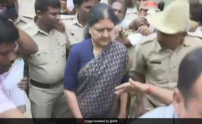 rti-exposes-vk-sasikala-may-be-launched-from-prison-in-jaunary-2021:-report