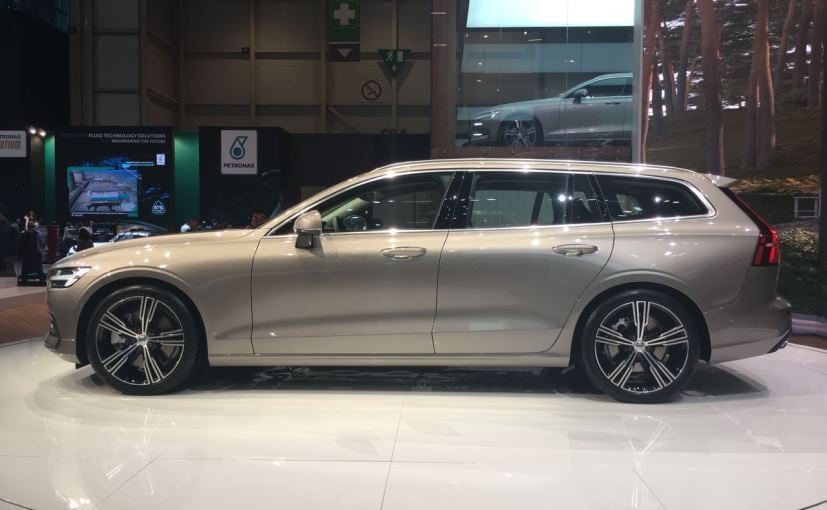 volvo v60 at geneva 2018