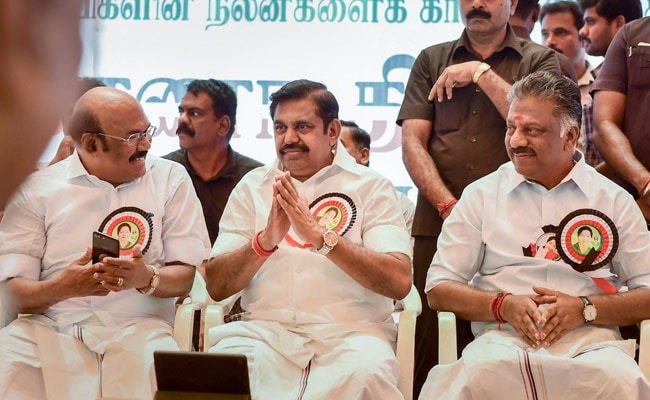 Cauvery Water Dispute LIVE Updates: K Palaniswami, O Panneerselvalm Join AIADMK Hunger Strike