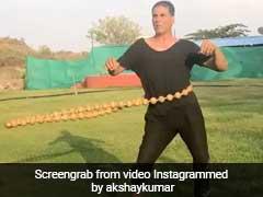 फनी अंदाज में एक्सरसाइज करते दिखे अक्षय कुमार, इंस्टाग्राम पर डाला वीडियो