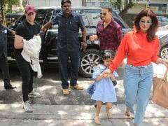 At Sunday Lunch With Kids: Akshay Kumar And Twinkle Khanna, Hrithik Roshan And Sussanne Khan
