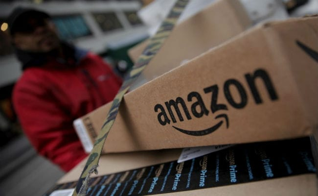 Amazon's Stock Market Value Briefly Hits $900 Billion