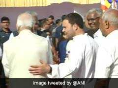 संसद भवन में राहुल और लाल कृष्ण आडवाणी ने अंबेडकर को दी श्रद्धांजलि, पीएम मोदी ने दी शुभकामनाएं