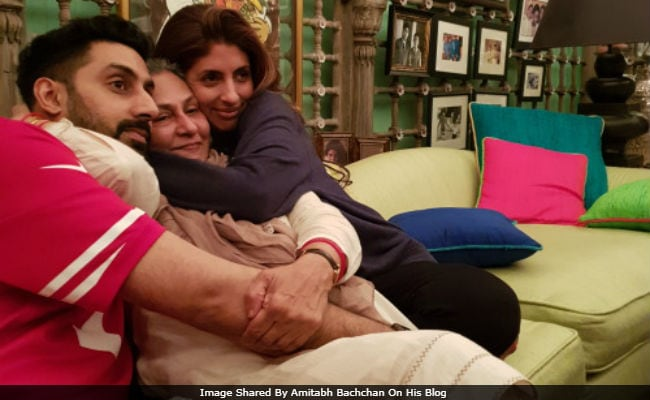 Jaya Bachchan, 70 Today, Celebrates A 'Quiet' Birthday With Shweta, Abhishek. Amitabh Bachchan Posts Update