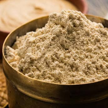 How To Use Besan (Gram Flour) To Get Glowing Skin