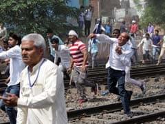 'भारत बंद' में बीजेपी विधायक ने भी गिरवाए दुकानों के शटर, हिंसा में 10 की मौत, अभी तक की 5 बड़ी खबरें