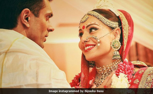 Bipasha Basu and Karan Singh Grover Celebrated Their Fourth Anniversary With All Things Sweet And Homemade