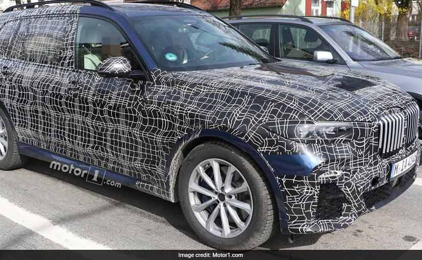 2018 bmw x7 interior spied ndtv carandbike. Black Bedroom Furniture Sets. Home Design Ideas