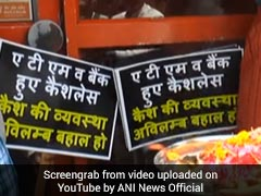 Amid Cash Crunch, Kanpur Traders Pray To 'ATM Deva' In Special <i>Aarti</i>. Watch