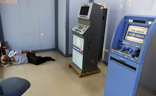 As Empty ATMs Reported, RBI Says Shortage Due To Logistical Reasons: 10 Points