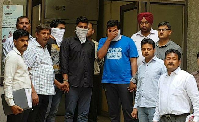 CBSE पेपर लीक : दिल्ली पुलिस की क्राइम ब्रांच ने 2 अध्यापकों और एक ट्यूटर को किया गिरफ्तार