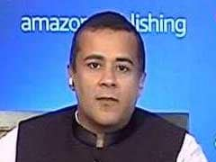Chetan Bhagat's Own Poll On PM Modi; Says 2019 No Slam Dunk For BJP