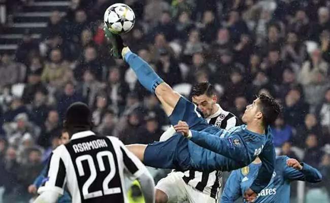 Image result for रोनाल्डो ने किया फुटबॉल इतिहास का सबसे खूबसूरत गोल