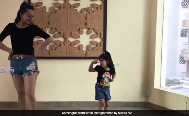 Little Girl Dancing To Bom Diggy Diggy Is Too Cute. Instagram Hearts Her
