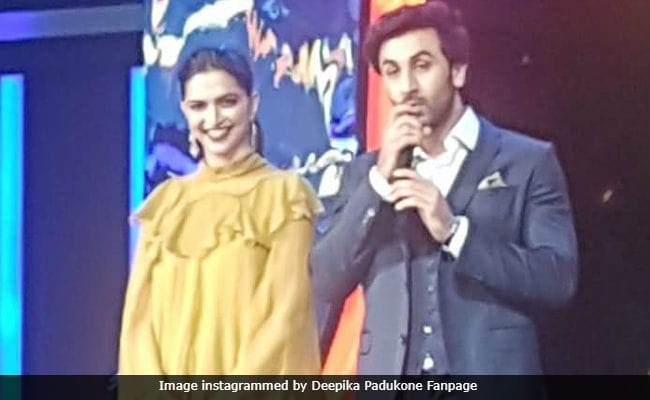 Viral: Deepika Padukone And Ranbir Kapoor Dancing To Ranveer Singh's Malhari Are Freaking Hilarious