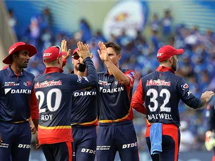 IPL Live Cricket Score, Royal Challengers Bangalore vs Delhi Daredevils: Iyer, Pant Steady Delhi After Early Wickets vs Bangalore
