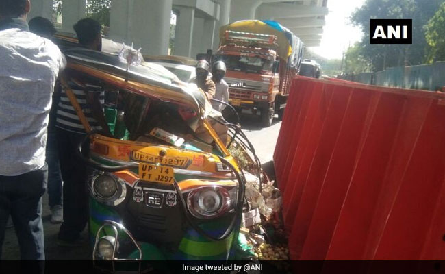 Metro Girder Crashes Near Ghaziabad, 7 People Injured