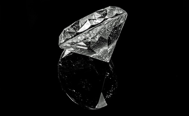 Can Diamonds Be Stretched Like Rubber? Here's What Scientists Have Discovered