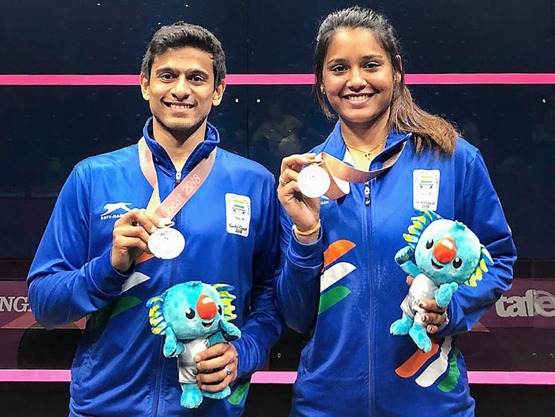 CWG: Dipika-Joshna in women's doubles final; Dipika-Ghoshal win silver