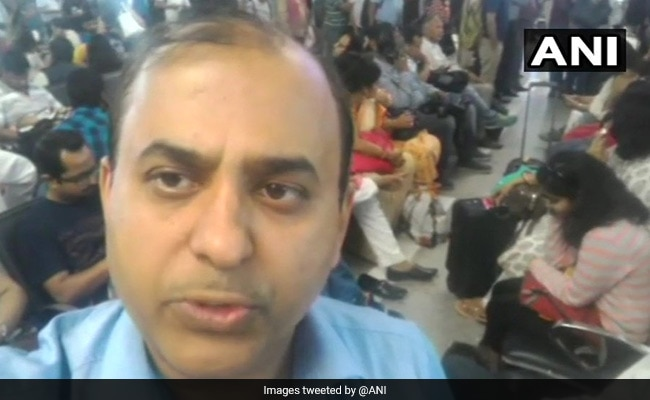 Viral Video of passengers swatting mosquitoes on a Jet Airways flight