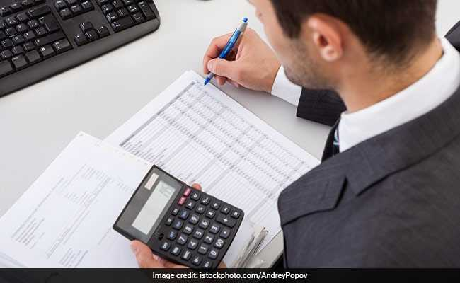 Income Tax Department Rolls Out 'Operation Dress Code,' Expects Employees To Be In Formal Wear
