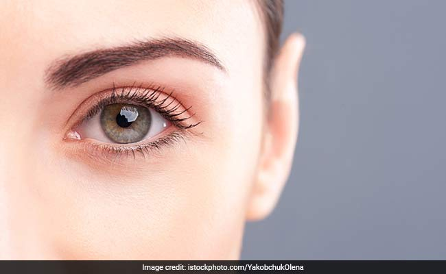 World Sight Day 2018: Top 10 Best Foods To Prevent Macular Degeneration And Other Eye Diseases