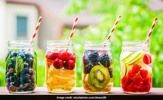 Weight Loss: Replace Fruit Juices With Fruit Infused Water To Lose Weight
