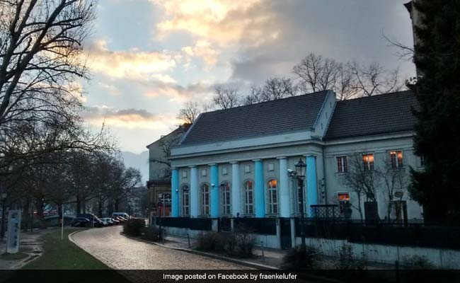 Nazis Destroyed This Synagogue. Muslim Politician, Jewish Leader Want To Rebuild It