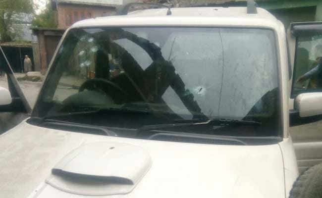 जम्मू-कश्मीर के पुलवामा में कांग्रेस नेता गुलाम नबी पटेल की गोली मारकर हत्या