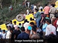 हिमाचल प्रदेश के कांगड़ा में खाई में गिरी स्कूल बस, 27 बच्चों समेत 30 की मौत